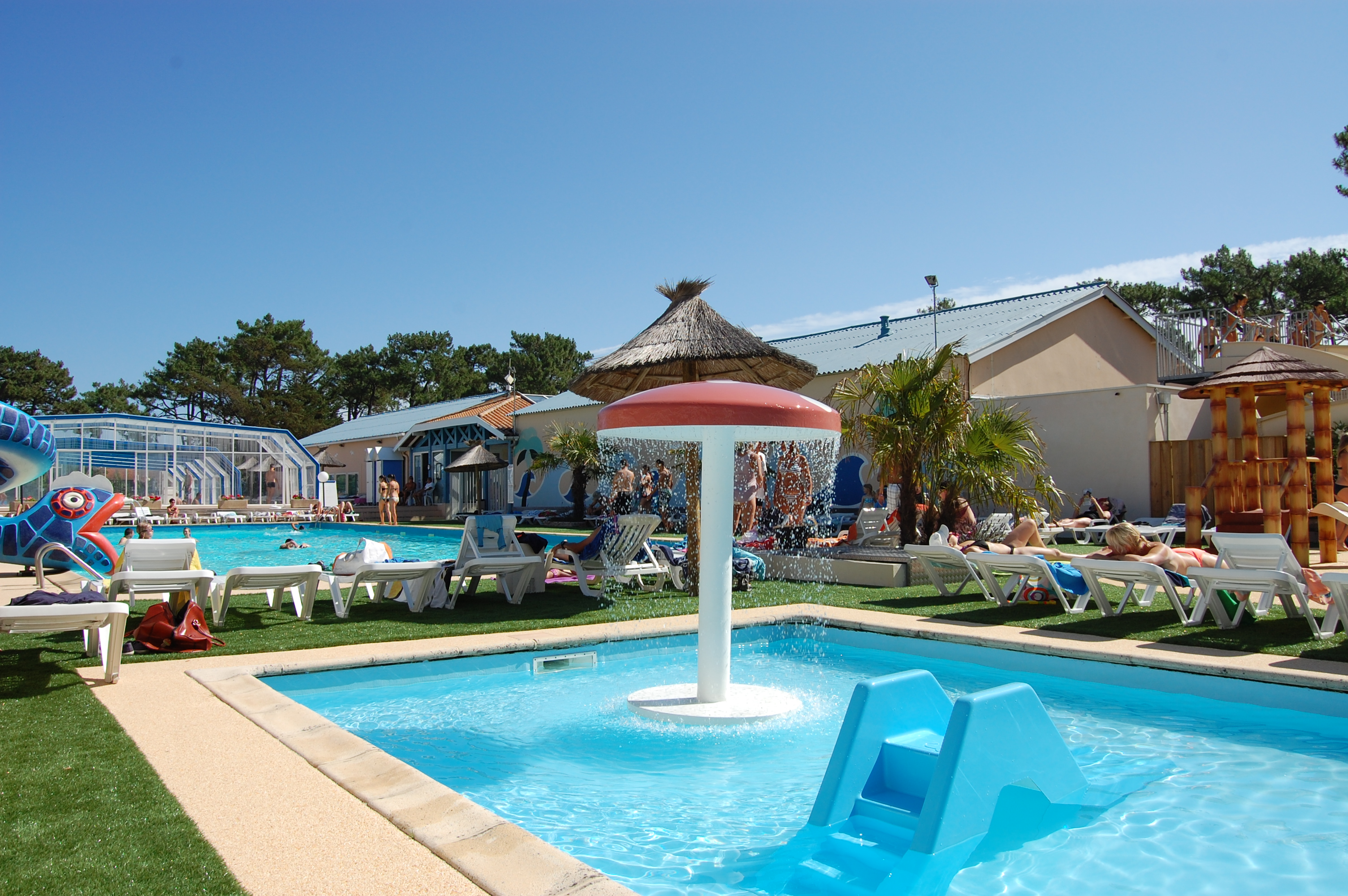 Camping club marina landes a mimizan campings 4 toiles for Camping dans les landes avec piscine