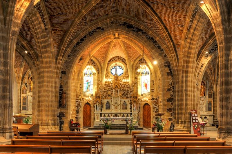 Eglise St Pierre de Parentis