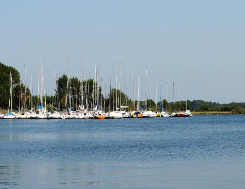 port-de-plaisance-le-lac-de-biscarrosse